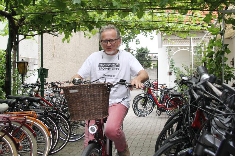 Rudolf Mürner im Fahrradshop